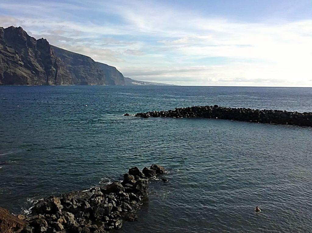 Imagen de una zona de baño en Punta de Teno, en Tenerife (Islas Canarias, España)