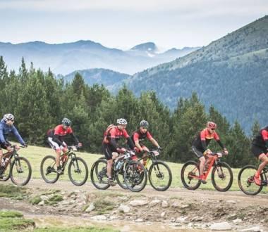 Ciclistas de montaña en Andorra.
