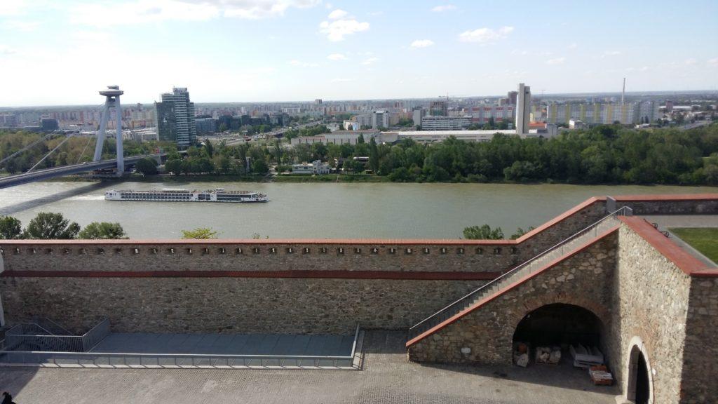 El río Danubio y Bratislava, capital de Eslovaquia. Autor: soloqueremosviajar.com