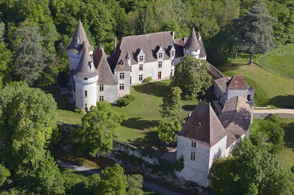 Vista del castillo de Bridoire (Dordoña, Francia). Autor: Turismo de Sarlat.