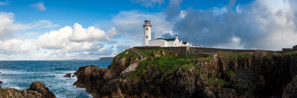 Preciosa vista del Faro de Fanad Head. Autor: Turismo de Irlanda