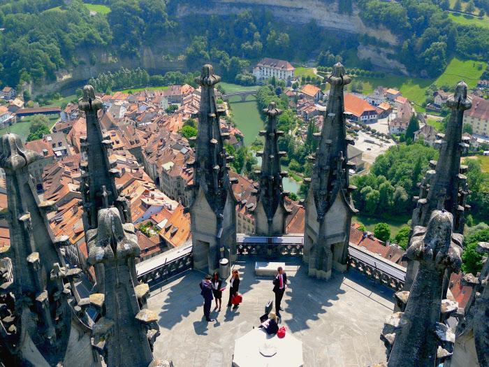 Friburgo desde lo alto de la Catedral de San Nicolás. Autor: Julian Brenan
