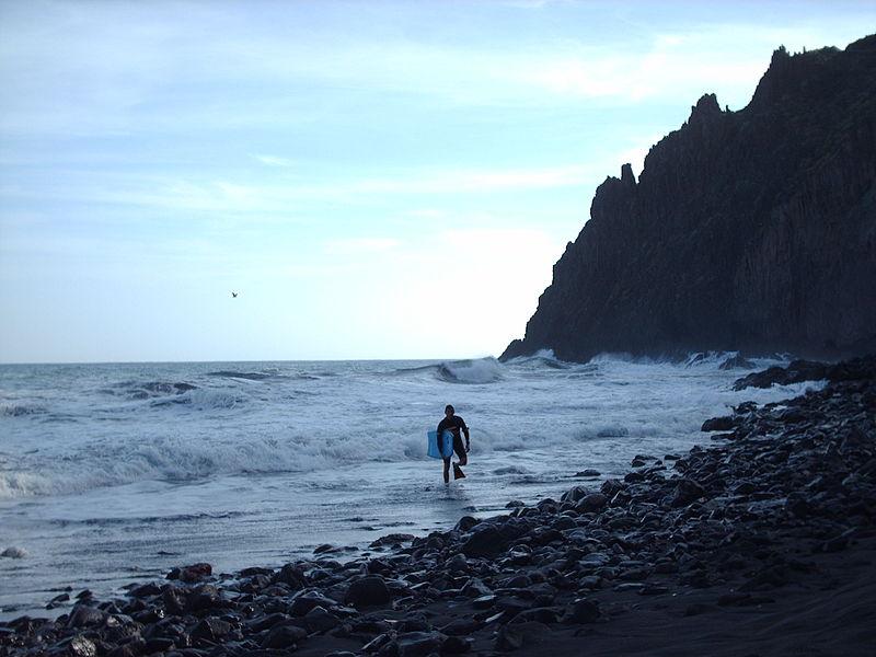 800px Playa de Las Gaviotas 1