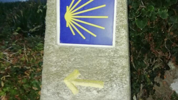 Dirección hacia el Camino de Santiago