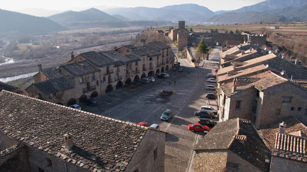Plaza Mayor de Aínsa (Huesca)
