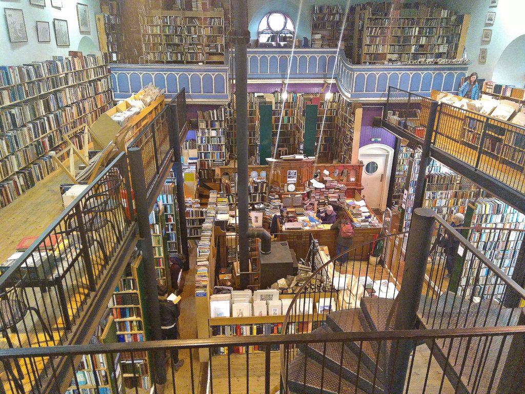 Librería Leakey's en Inverness (Highlands, Escocia)