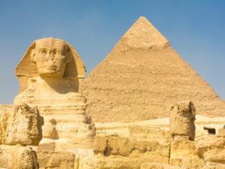 Pirámides y la Esfinge de Giza en Egipto