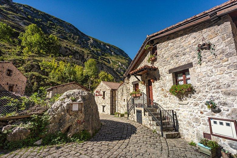 Bulnes (Picos de Europa, Asturias)