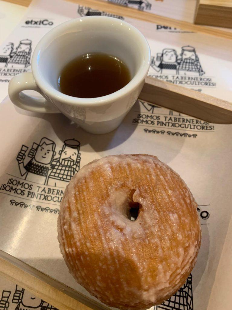 Donut de cocido vasco (Taberna Perretxico, Madrid)