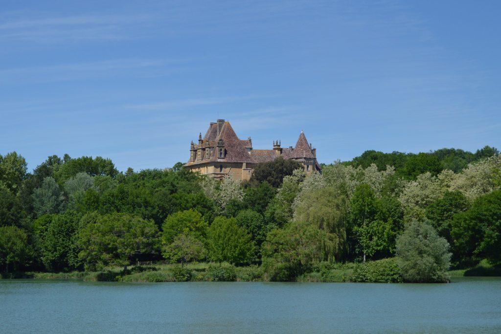 castle of lanquais 3987091 1920